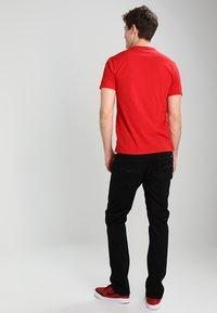 Nudie Jeans - DUDE DAN - Straight leg -farkut - dry ever black - 2