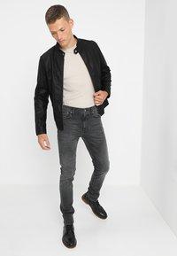 Nudie Jeans - LEAN DEAN - Slim fit jeans - mono grey - 1