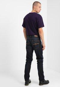 Nudie Jeans - FEARLESS FREDDIE - Jean boyfriend - dark scrapings - 2