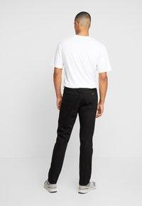 Nudie Jeans - STEADY EDDIE  - Straight leg -farkut - black denim - 2