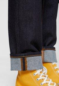 Nudie Jeans - STEADY EDDIE - Džíny Straight Fit - dry true - 3