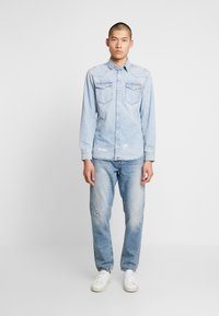 Nudie Jeans - STEADY EDDIE - Relaxed fit -farkut - favorite worn - 1