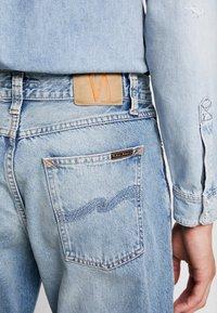 Nudie Jeans - STEADY EDDIE - Relaxed fit -farkut - favorite worn - 5