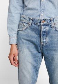 Nudie Jeans - STEADY EDDIE - Relaxed fit -farkut - favorite worn - 3