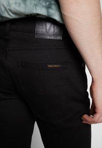 Nudie Jeans - LEAN DEAN - Slim fit -farkut - dry ever black - 5