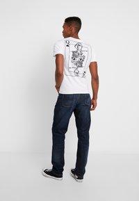 Nudie Jeans - STEADY EDDIE  - Straight leg -farkut - dark crush - 2