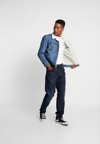 Nudie Jeans - STEADY EDDIE  - Straight leg -farkut - dark crush - 1