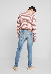 Nudie Jeans - TIGHT TERRY - Slim fit -farkut - summer dust - 2