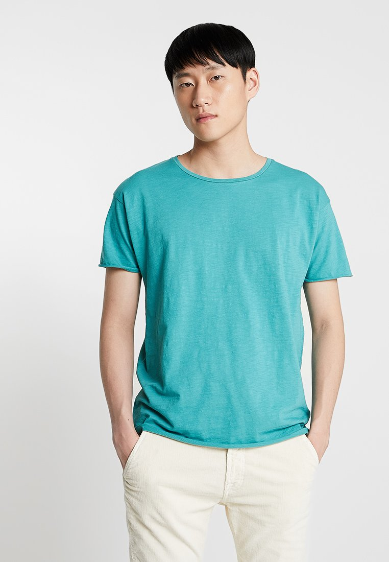 Nudie Jeans - ROGER - Basic T-shirt - turquoise