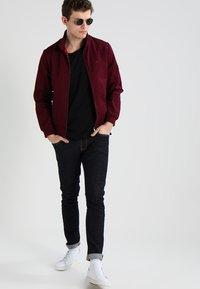 Nudie Jeans - ROGER - T-shirt basic - black - 1