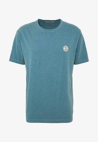 Nudie Jeans - UNO - Jednoduché triko - petrol blue - 0