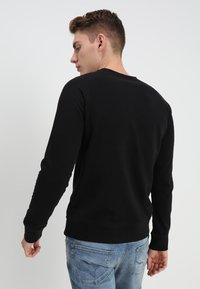 Nudie Jeans - SAMUEL - Sweatshirt - black - 2
