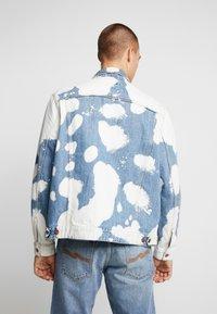 Nudie Jeans - JERRY - Džínová bunda - tye dye - 2