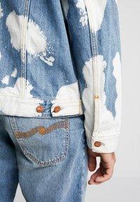 Nudie Jeans - JERRY - Džínová bunda - tye dye - 4
