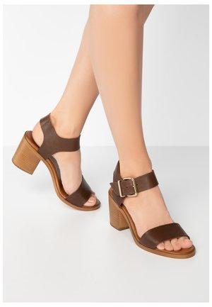 Sandales - brown brn