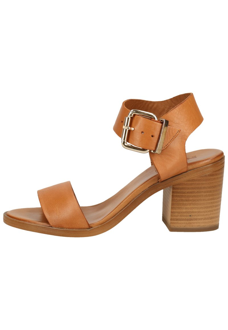 Inuovo - Sandals - coconut ccn