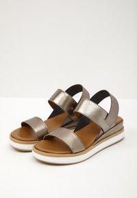 Inuovo - Platform sandals - pewter pwt - 3