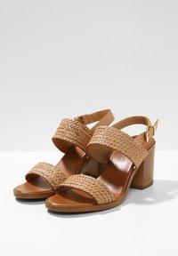 Inuovo - Sandals - scissors scs - 5
