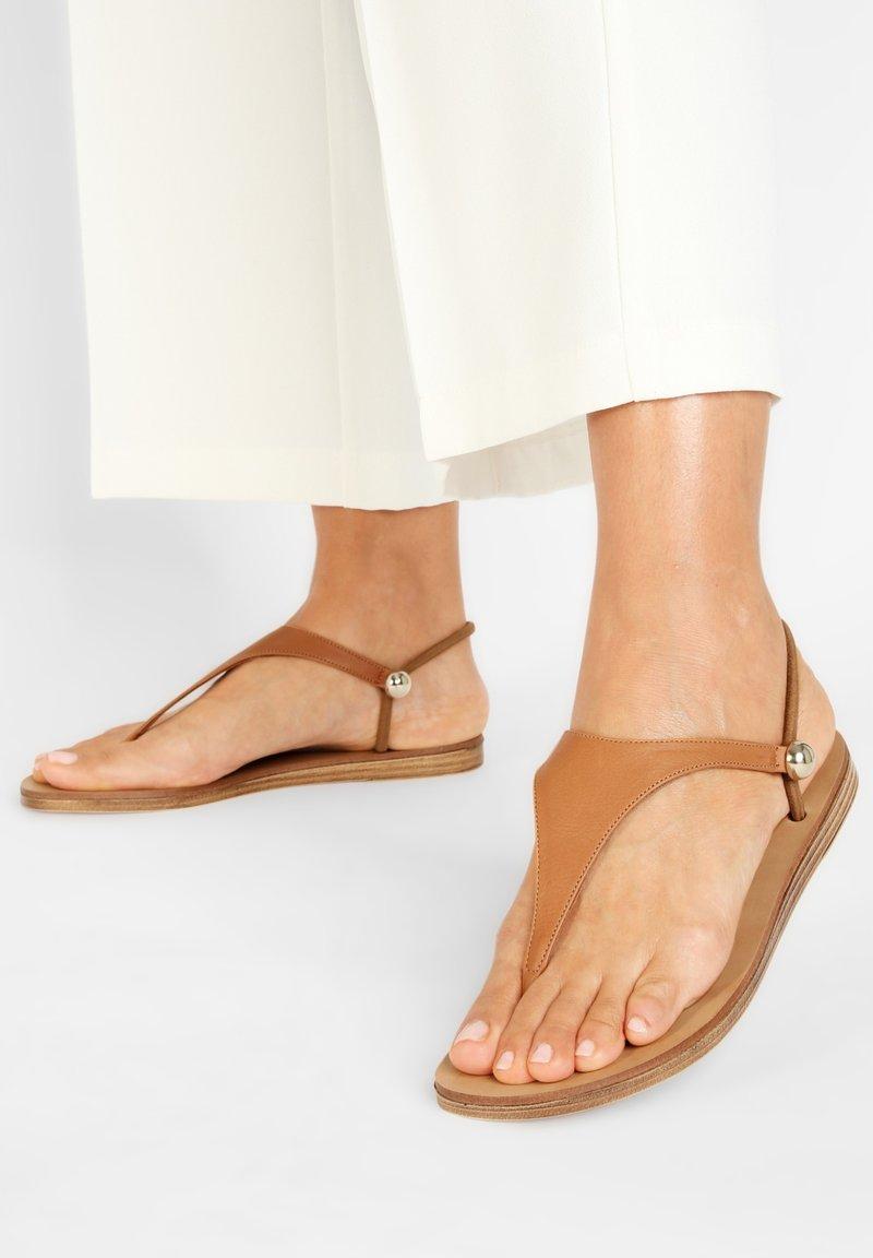 Inuovo - INUOVO  - Sandals - coconut ccn