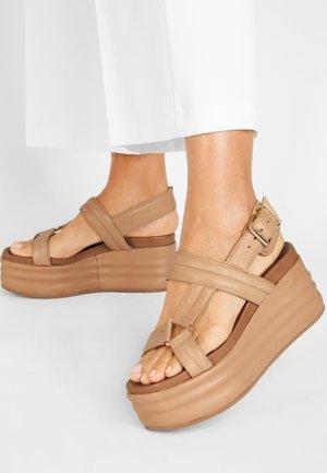 Platform sandals - scissors scs