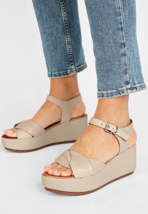 Sandales à plateforme - bone bne