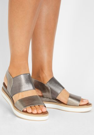 Plateausandalette - pewter pwt