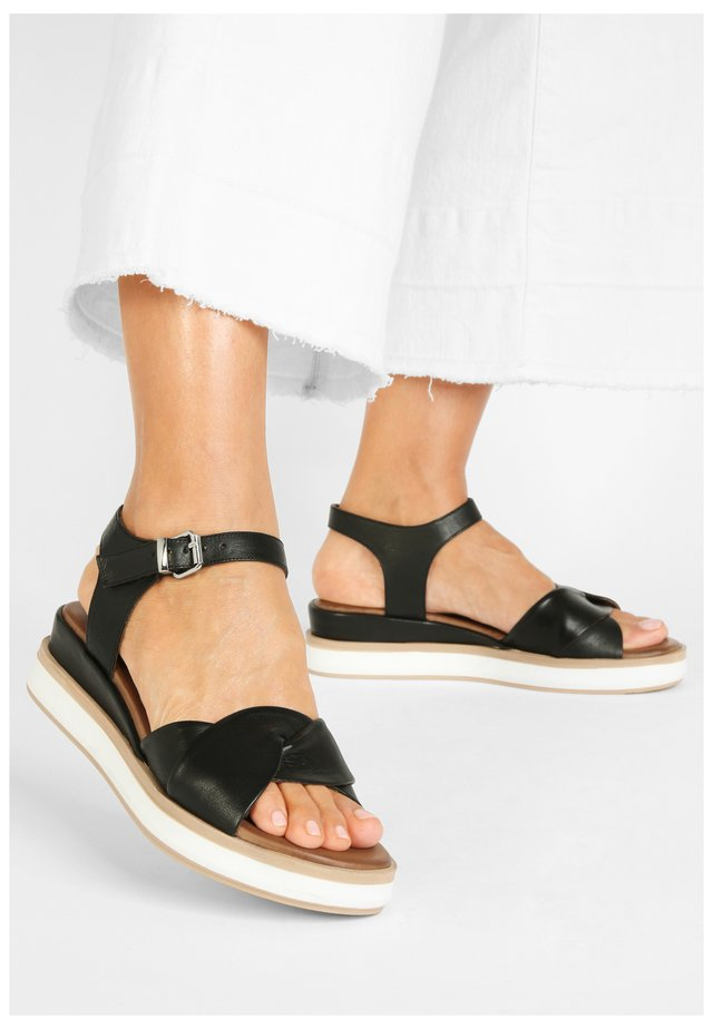 Sandaler m/ kilehæl - black blk