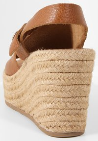 Inuovo - Heeled mules - mntrl coconut ncc - 5