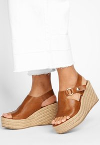Inuovo - Heeled mules - mntrl coconut ncc - 0
