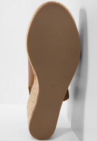 Inuovo - Heeled mules - mntrl coconut ncc - 6