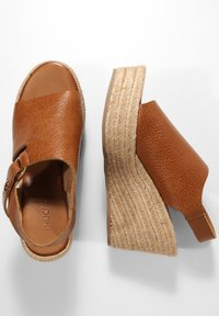Inuovo - Heeled mules - mntrl coconut ncc - 2
