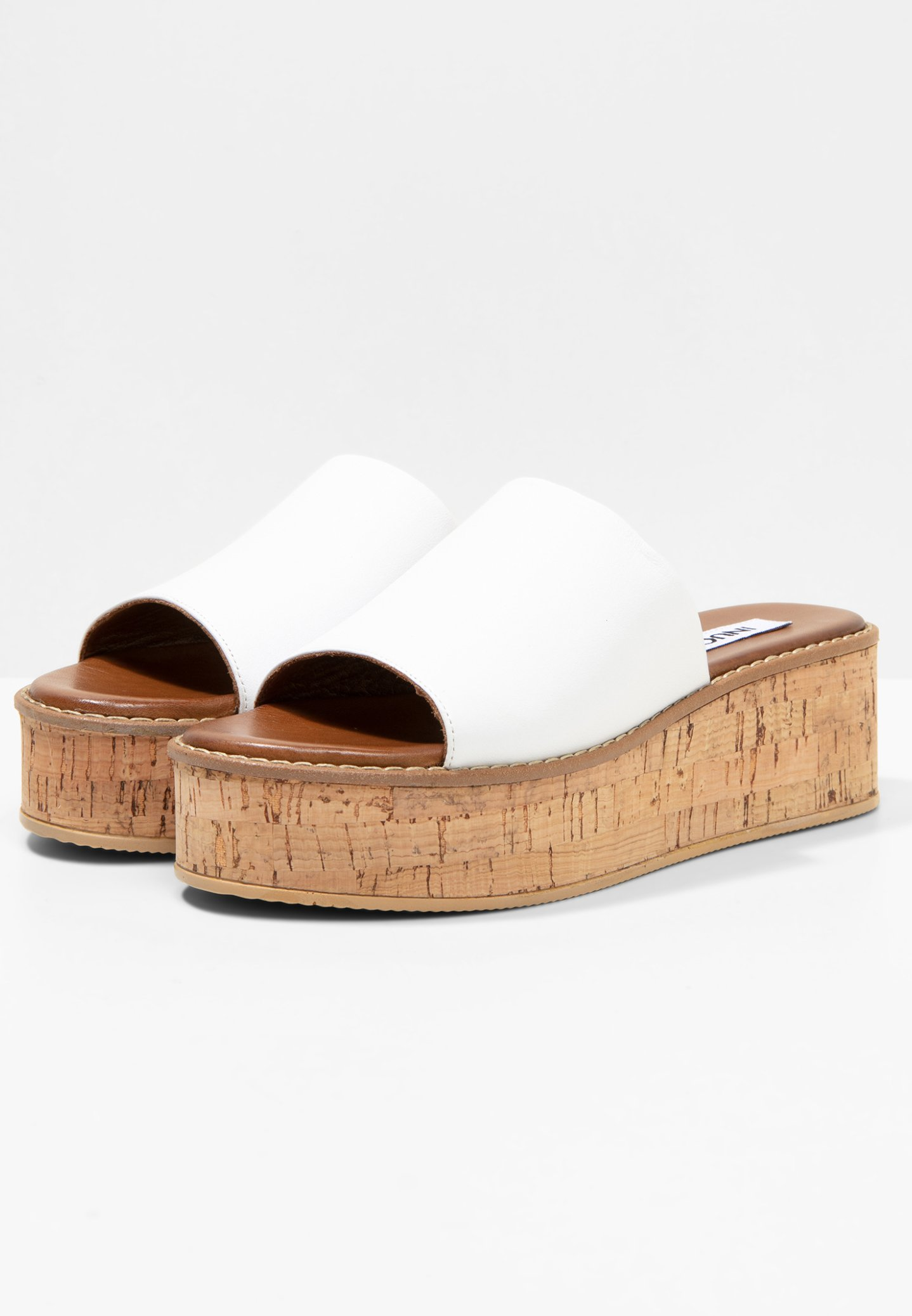 Inuovo Muiltjes Met Hak - White Wht Goedkope Schoenen