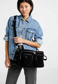 Núnoo - ALIMAKKA NEW SUEDE - Handbag - black - 1