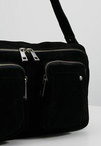 Núnoo - ALIMAKKA NEW SUEDE - Handbag - black - 6