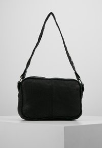 Núnoo - ELLIE WASHED - Handbag - black - 2