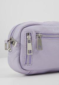 Núnoo - BRENDA - Across body bag - lavender - 7