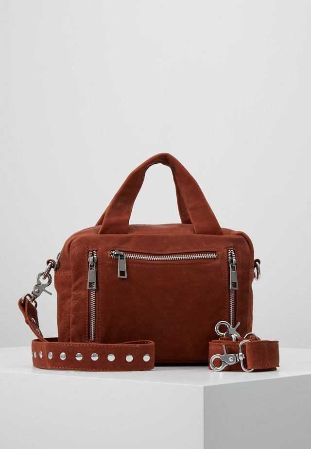DONNA URBAN - Handväska - brown