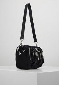 Núnoo - ELLIE - Across body bag - black - 3