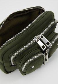 Núnoo - HELENA BUM BAG - Across body bag - green - 4