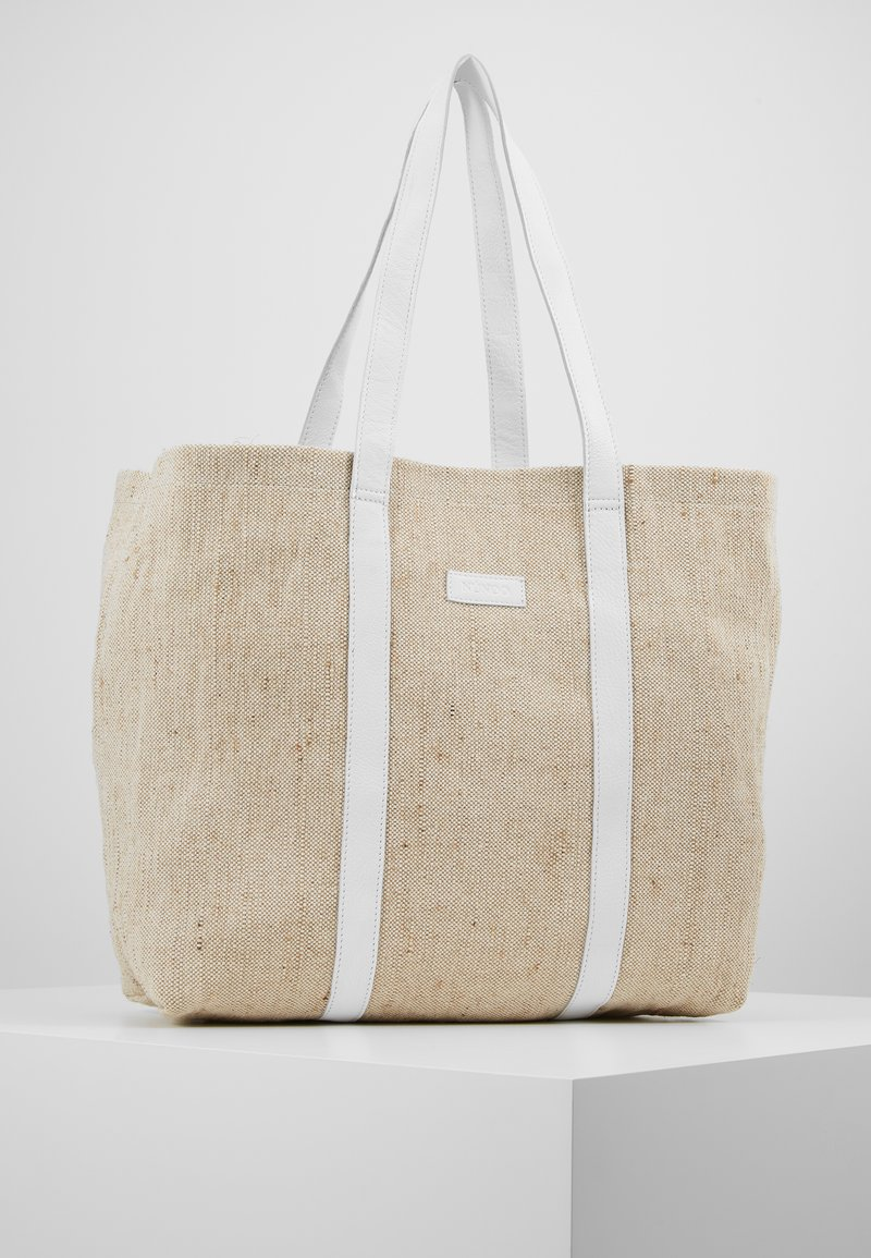 Núnoo - LARGE SHOPPER - Shoppingveske - sand