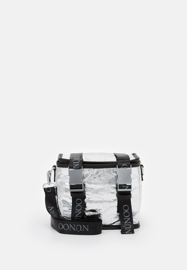 SMALL COOLING BAG - Across body bag - silver