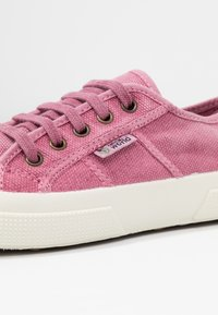Natural World - BAQUET ENZIMATICO - Sneaker low - rosa - 2