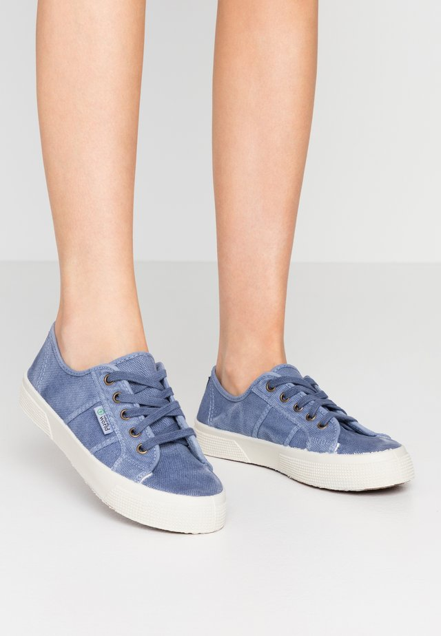 BAQUET ENZIMATICO - Sneakers basse - celest