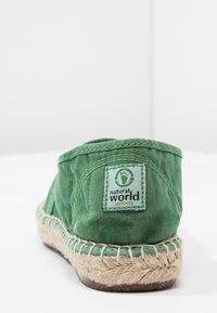 Natural World - CAMPING  ALTO - Espadryle - verde - 4
