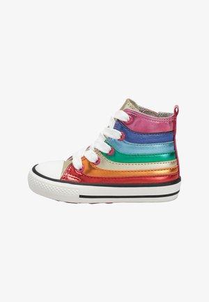 Höga sneakers - metallic red/metallic green/metallic blue