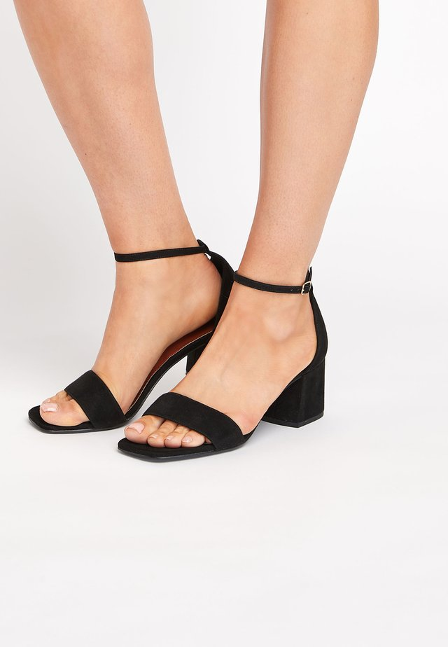 Sandals - mottled black