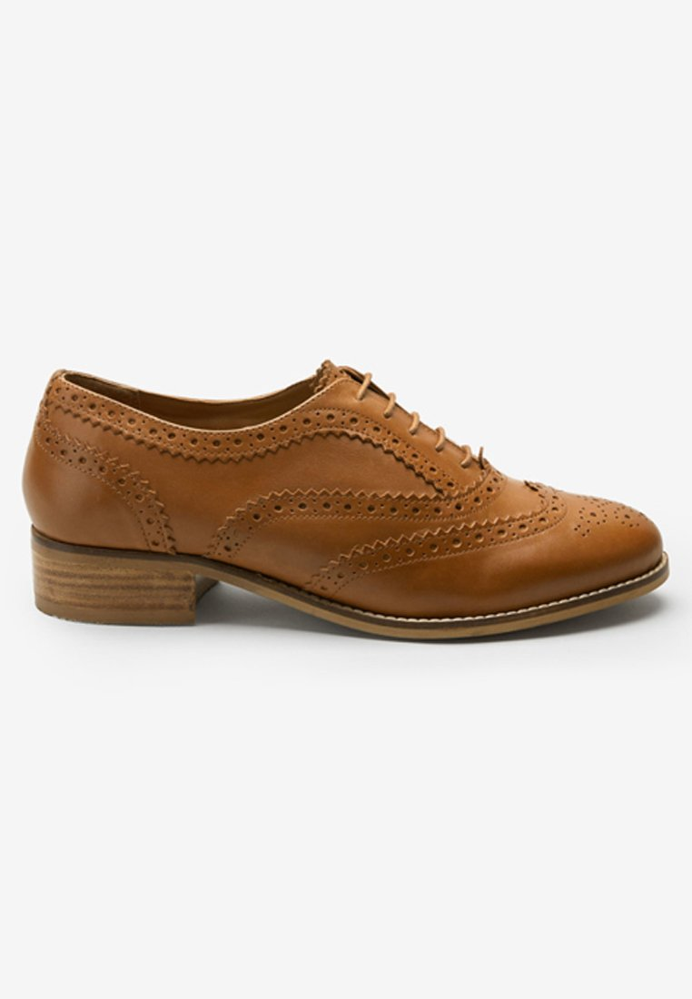 Chaussures Chaussures À À Next Next Brown Lacets Brown Lacets eD2IWHE9bY