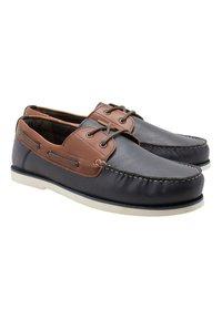 Next - CONTRAST  - Chaussures bateau - tan - 2