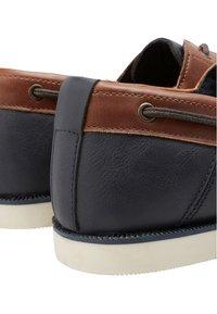 Next - CONTRAST  - Chaussures bateau - tan - 3