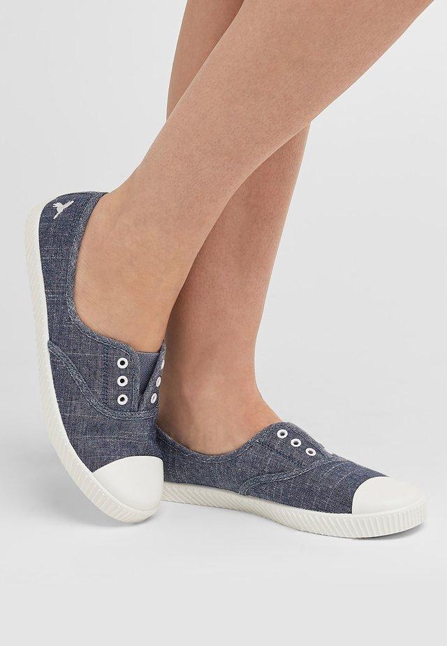 Loaferit/pistokkaat - blue